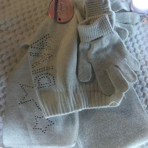 NEW set of little girl gloves, hat and scarf!